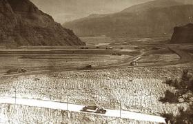 Début des travaux du barrage en 1955
